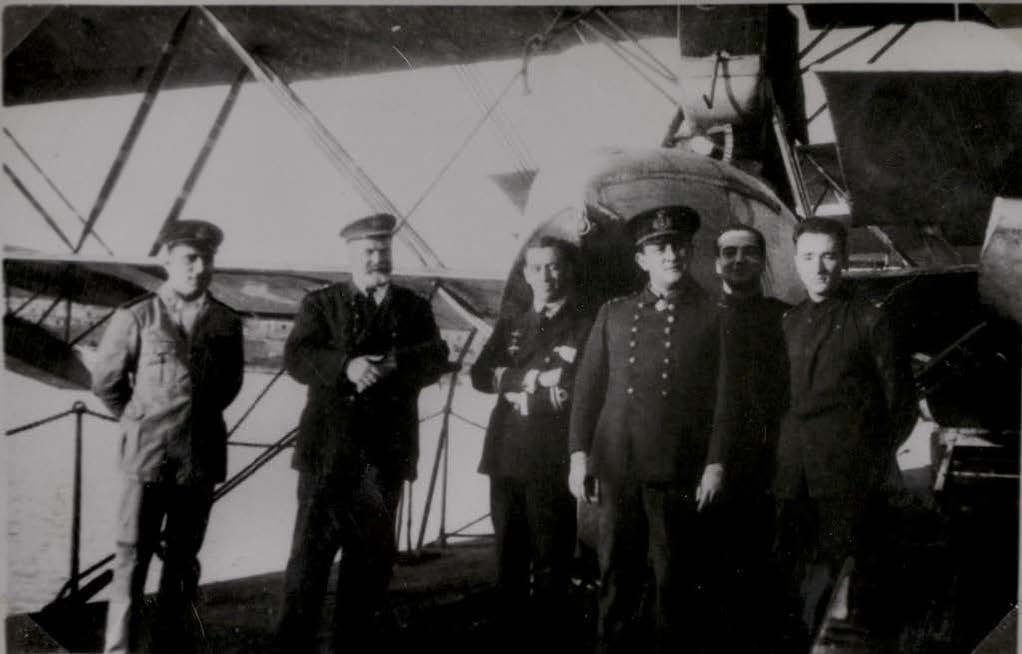 Lt-Cdr. Cardona with a group of officers