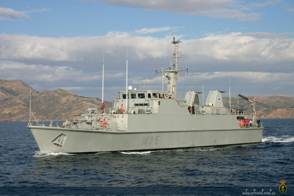 Minehunter 'Duero' in SNMCMG-2