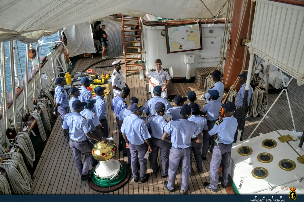 Activities on board with members of the Senegalese Navy