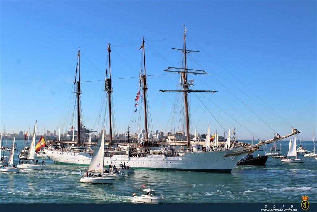Salida del XCI Crucero del Juan Sebastián de Elcano