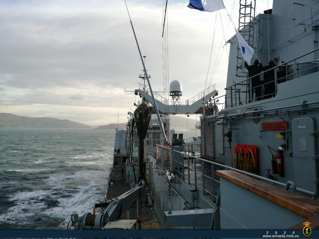 Navy units conduct joint training in waters of the northern peninsula MAR _31