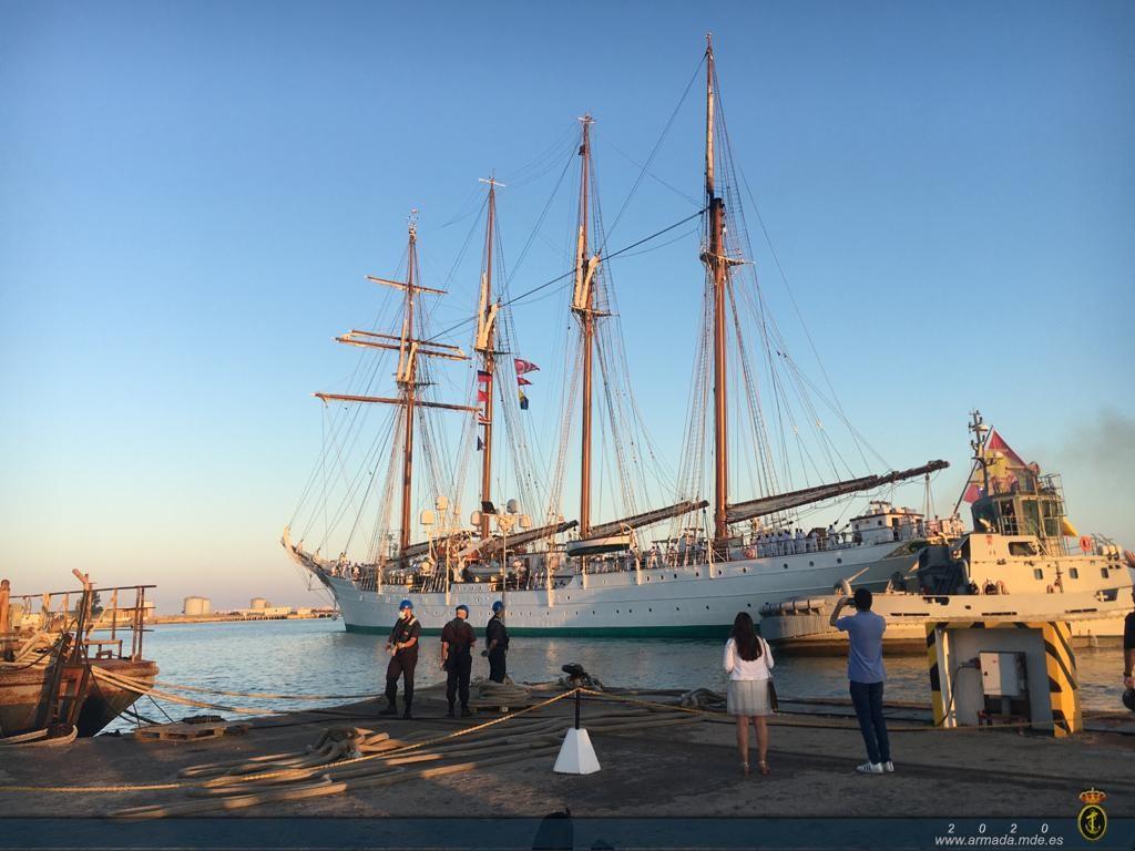 """El Buque Escuela """"Juan Sebastián de Elcano"""" comienza su XCIII Crucero de Instrucción."""