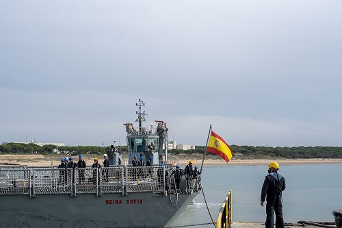 Frigate 'Reina Sofía' returns home after participating in Operation 'Atalanta'.