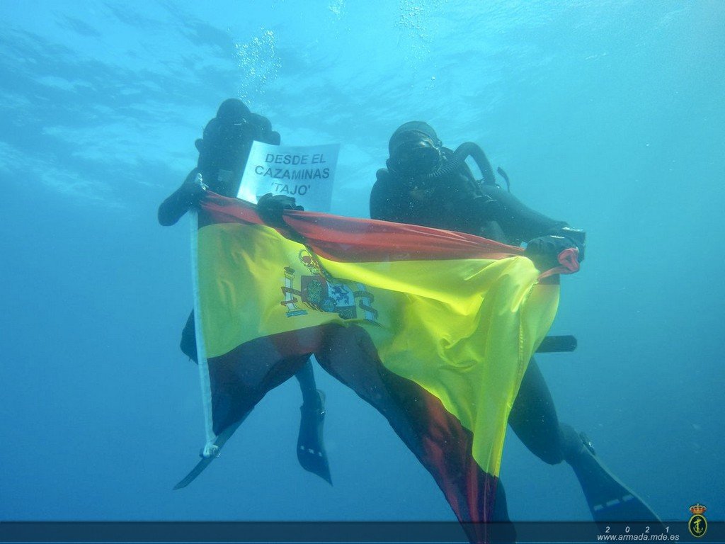 75 years detecting and deactivating mines for the Spanish Navy.
